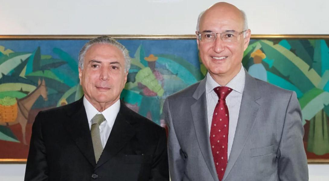 GANDRA DEFENDE CORTAR DIREITOS E PAGAR O MÍNIMO A TRABALHADOR
