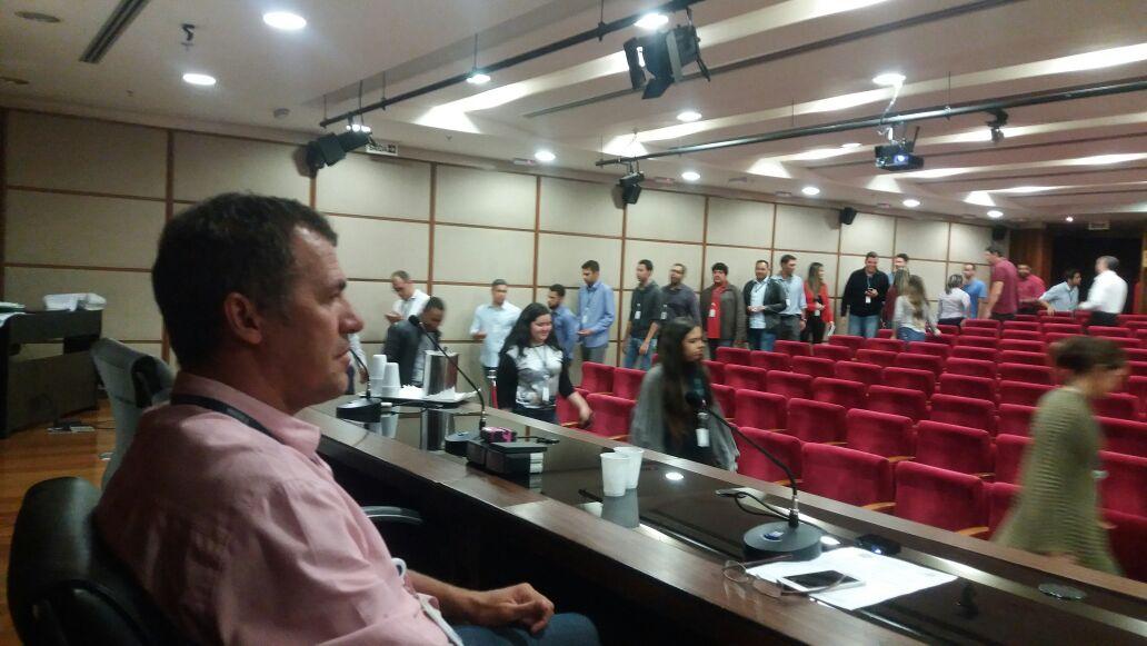 TRABALHADORES DO SICOOB CONFEDERAÇÃO REJEITAM PROPOSTA PATRONAL