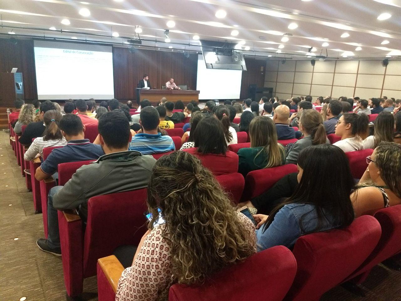 TRABALHADORES DO SICOOB CONFEDERAÇÃO APROVAM ACORDO DE PARTICIPAÇÃO NOS RESULTADOS